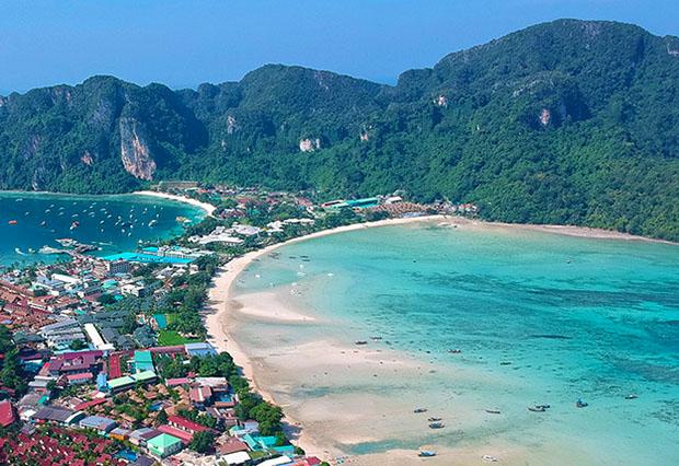 Ao Lo Dalam, Koh Phi Phi, Thailand