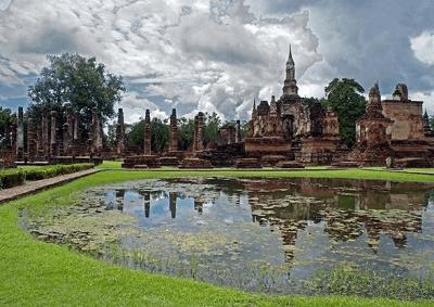 Wat Sa Si Temple, Sukhothai