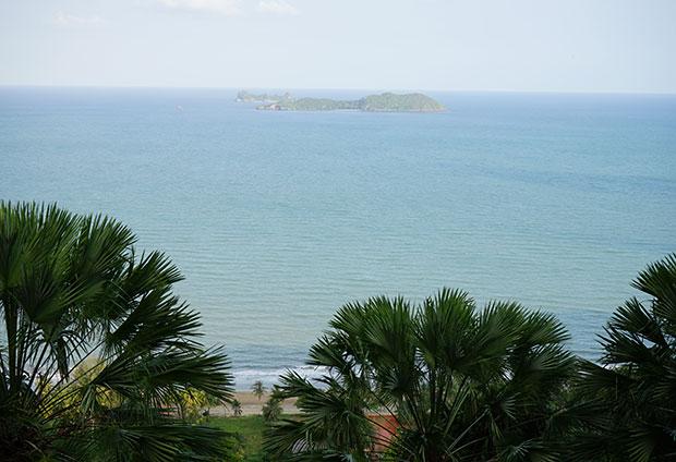 Hat Sairi Beach, Chumphon, Thailand