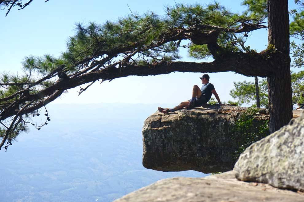 Phu Kradueng: climbing the most famous mountain in Thailand