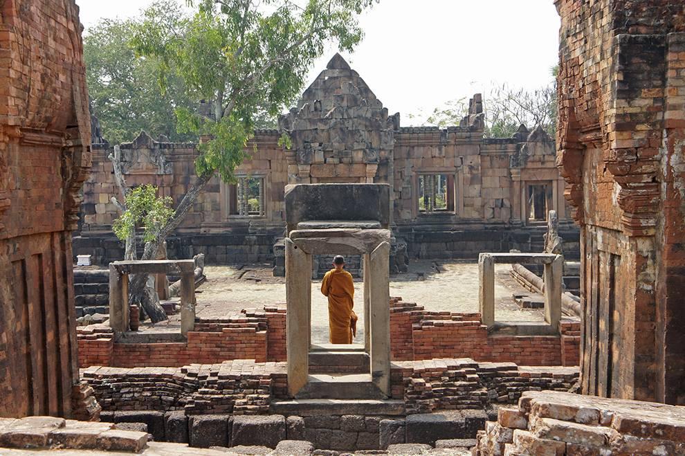 phanom rung temple 2