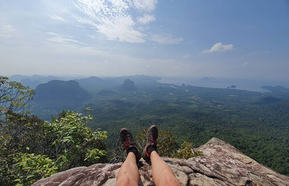Dragon Crest viewpoint, hiking to the amazing top of Krabi