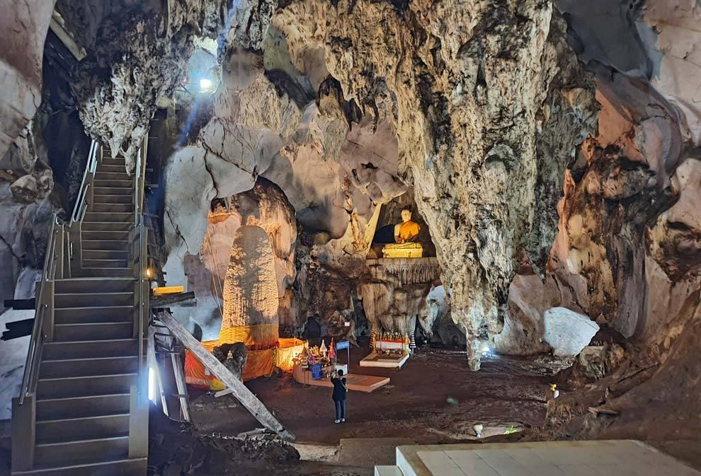 cave thailand