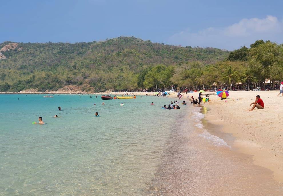 best beach near bangkok