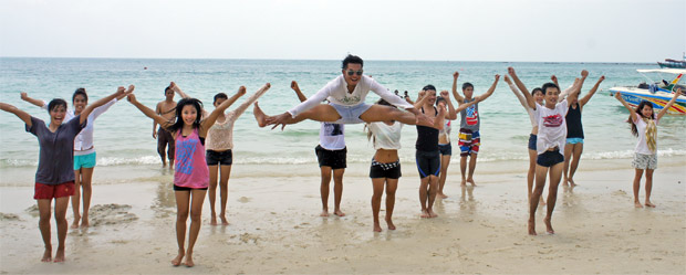 cheerleaders tahiland
