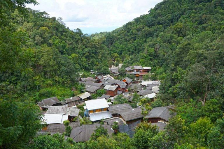 mae kampong views