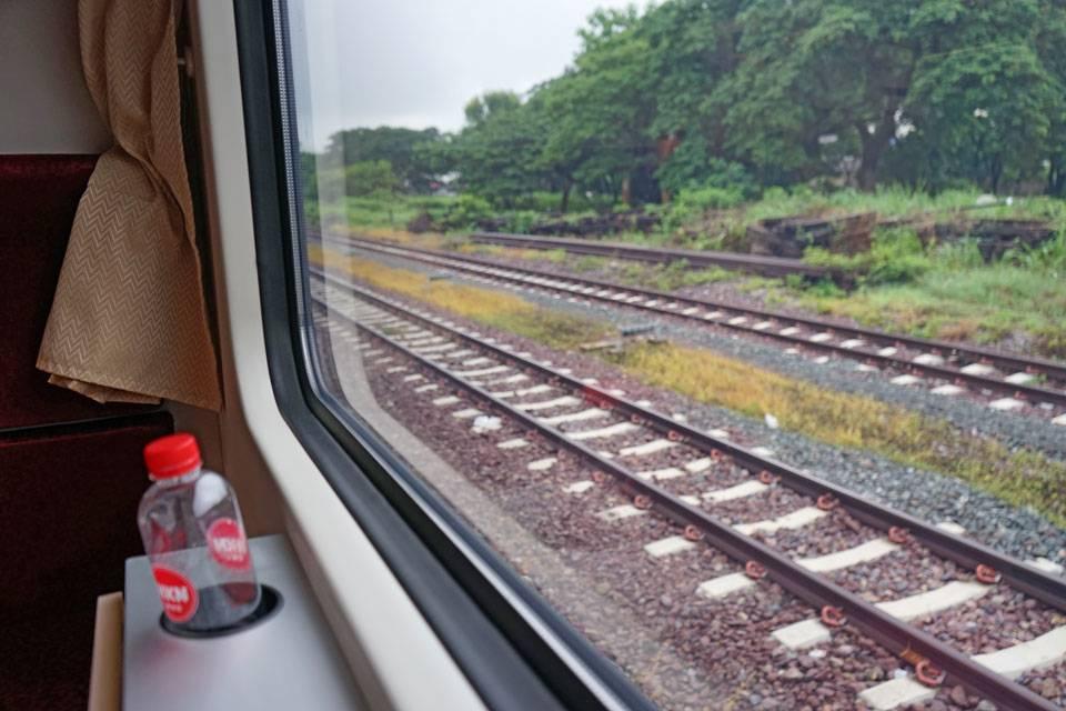 thailand sleeper train