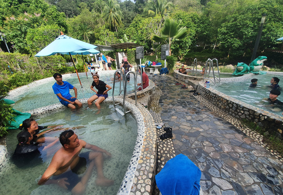 Raksawarin Hot Springs in Ranong
